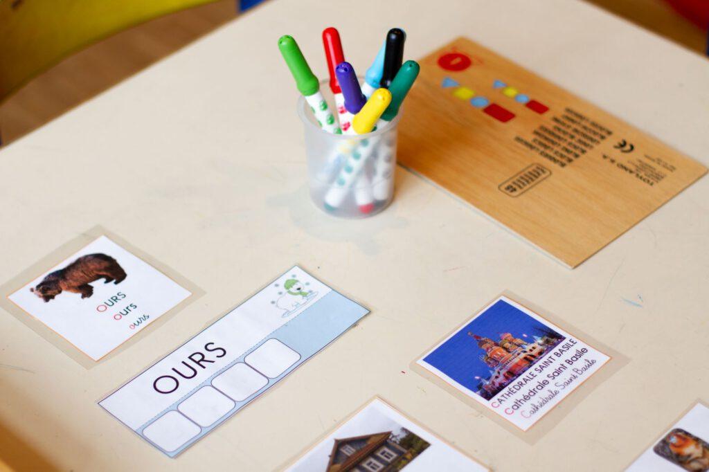 Vorschule_Schreibtisch